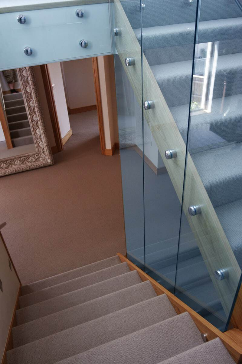 Point Fixed Glass Balustrade on stairs