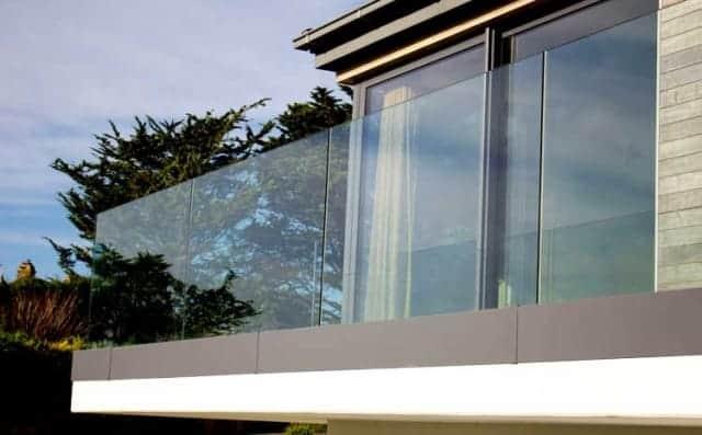 Frameless Glass Balconey balustrade