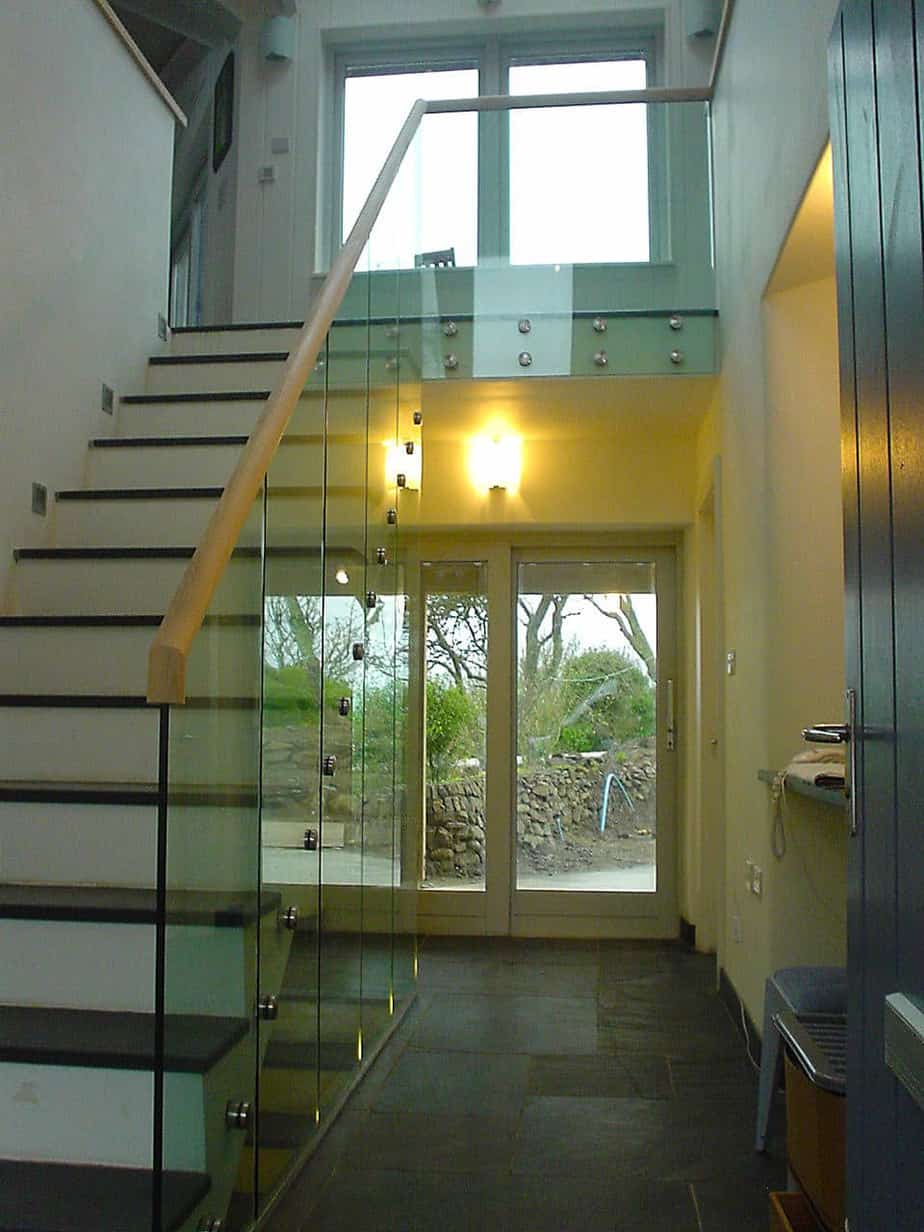 Stairs with point fixed glass balustrade