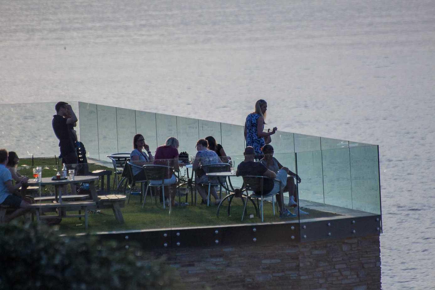 Frameless glass balustrade Newquay