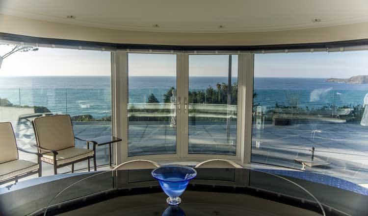 Glass doors and curved glass