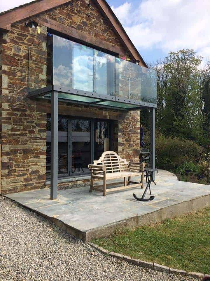 Balconey Glass Balustrade