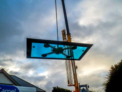 Glass Roof Lifted with Crane