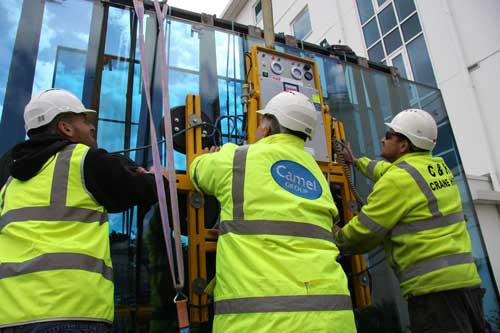 Camel Group glass lift