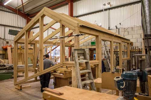 build of oak conservatory